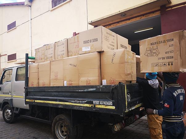 importation mobilier